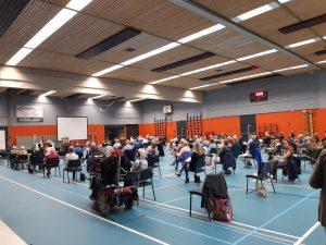 Kerken in de sporthal: Heinkenszand doet het