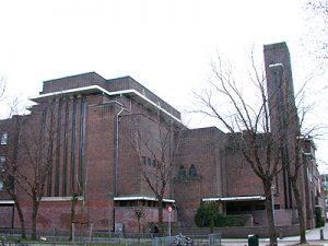 Herdenking Kristallnacht vanuit synagoge Amsterdam