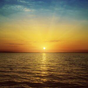 Vertrouwen op het licht aan de horizon